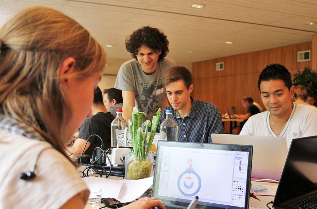 My digital key team 1 : Barbara Linon, Augustin Bocken, Romain Quinet et Duy Nguyen #DevCamp2017